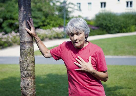 одышка – один из симптомов микроинфаркта