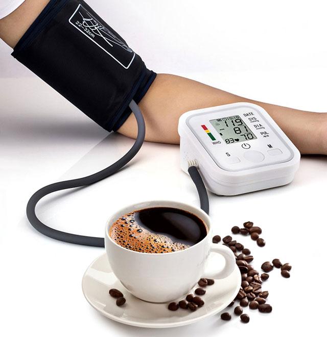 Что поднимает давление чай или кофе