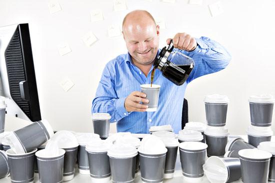 регулярное употребление кофе развивает зависимость к кофеину