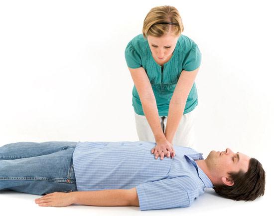 Непрямой массаж сердца: техника выполнения, как делать, противопоказания