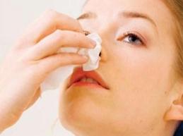 У ребенка идет кровь из носа: причины, диагностика, что делать