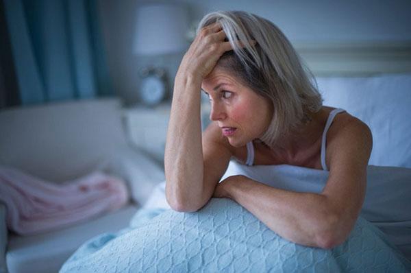 женщина, страдающая ВСД
