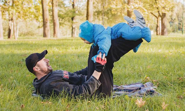 упражнение для укрепления ягодичных мышц и мышц ног