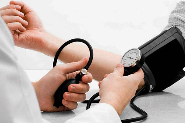 Гипертоническая болезнь 2 степени: риски, причины, симптомы